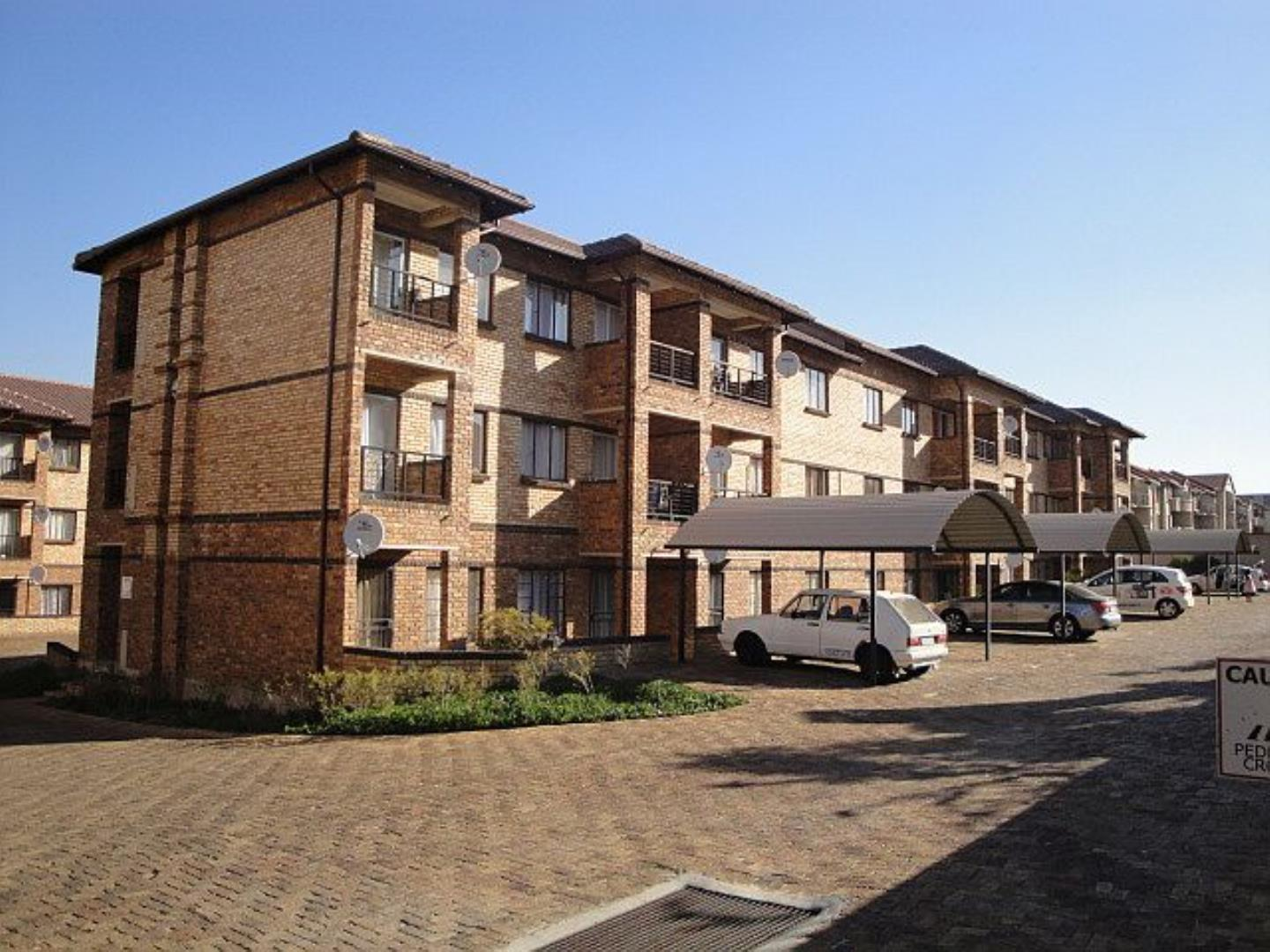 1 Bedroom Apartment for Sale in Halfway Gardens, Midrand - Gauteng