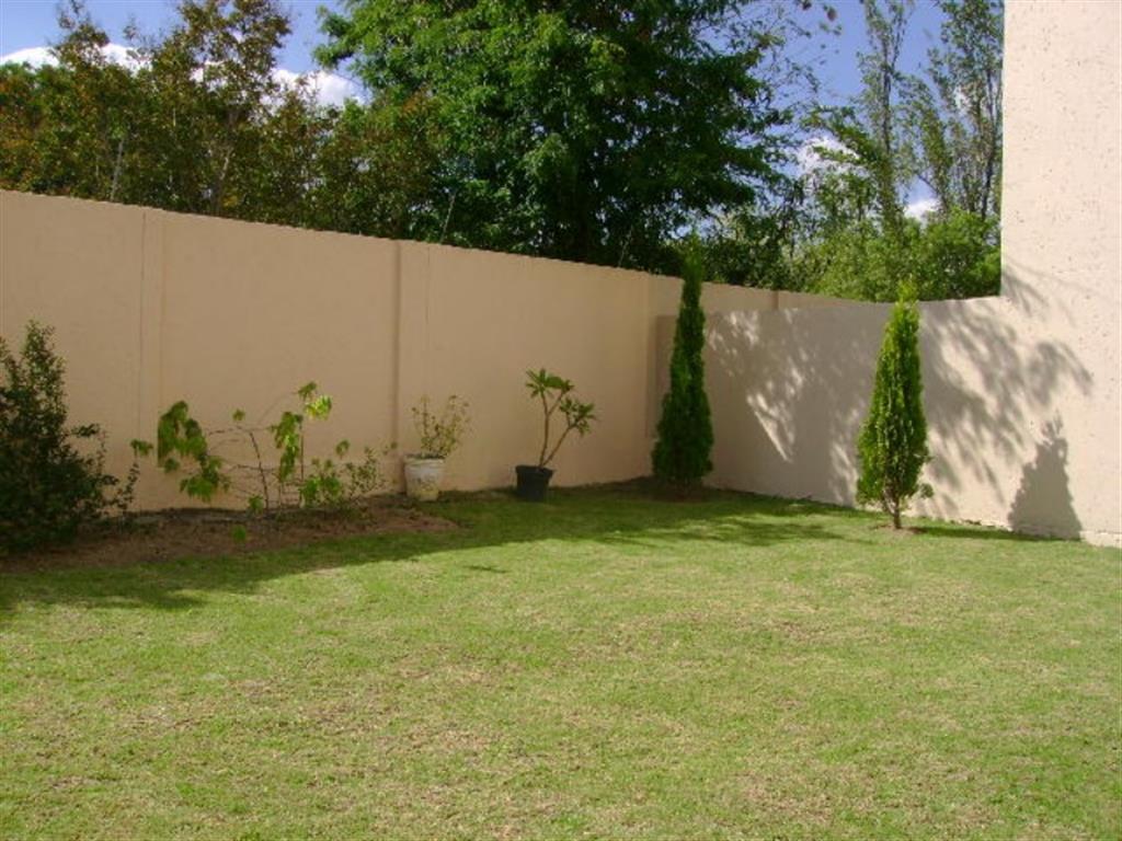 35736_garden.JPG