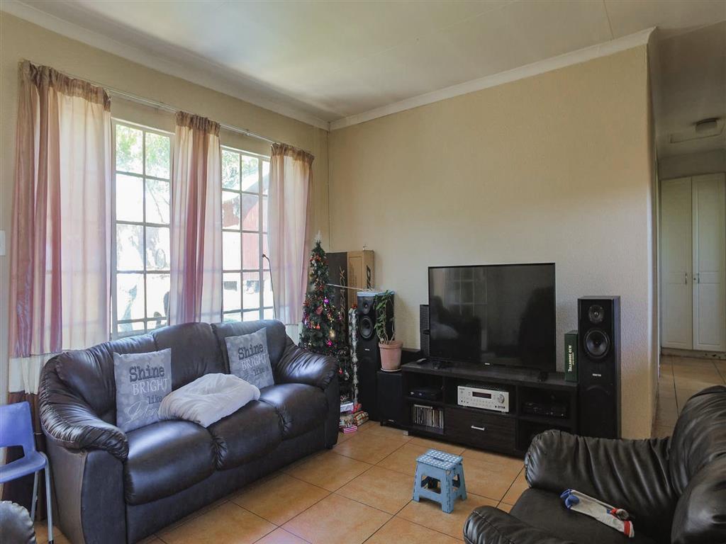 38786_property-4336530-44606549_o.jpg