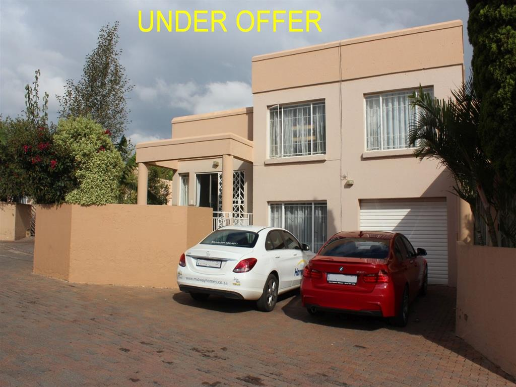 3 Bedroom  Duplex for Sale in Midrand - Gauteng