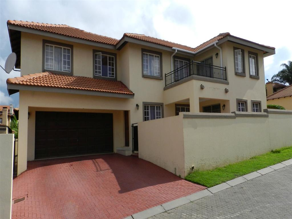4 Bedroom  House for Sale in Midrand - Gauteng