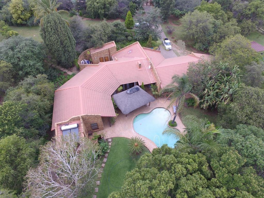 4 Bedroom  Smallholding for Sale in Midrand - Gauteng