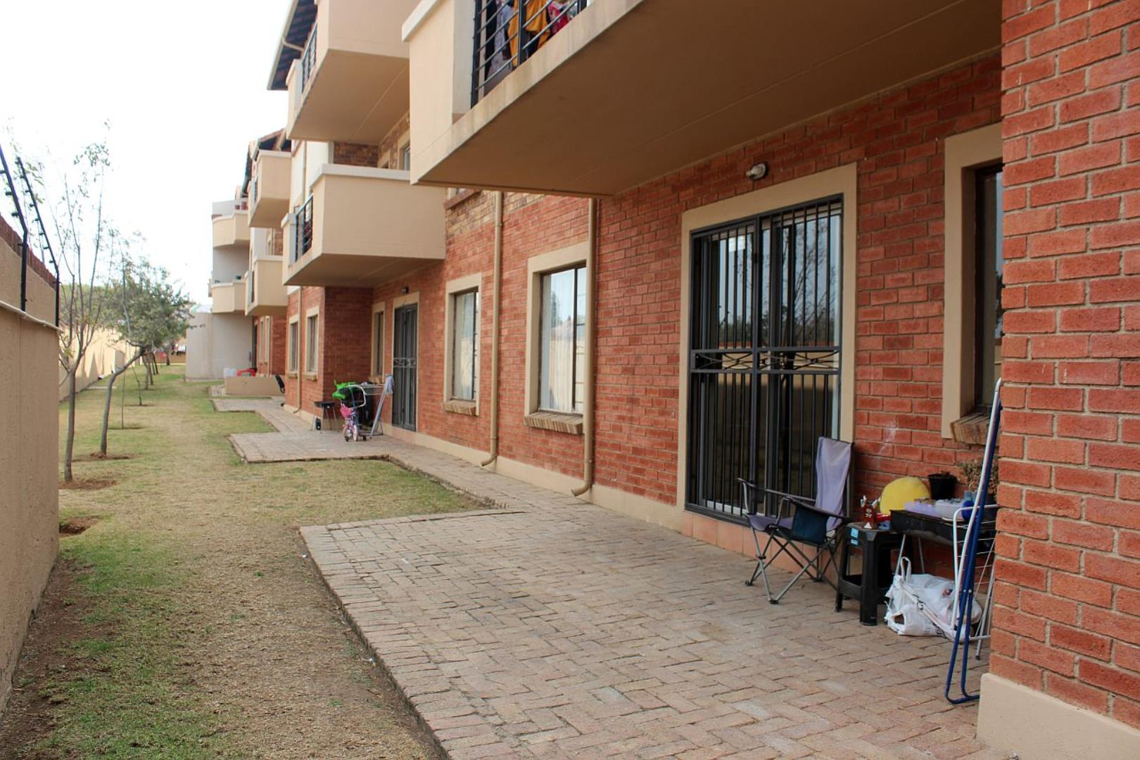 3 Bedroom  Apartment for Sale in Midrand - Gauteng