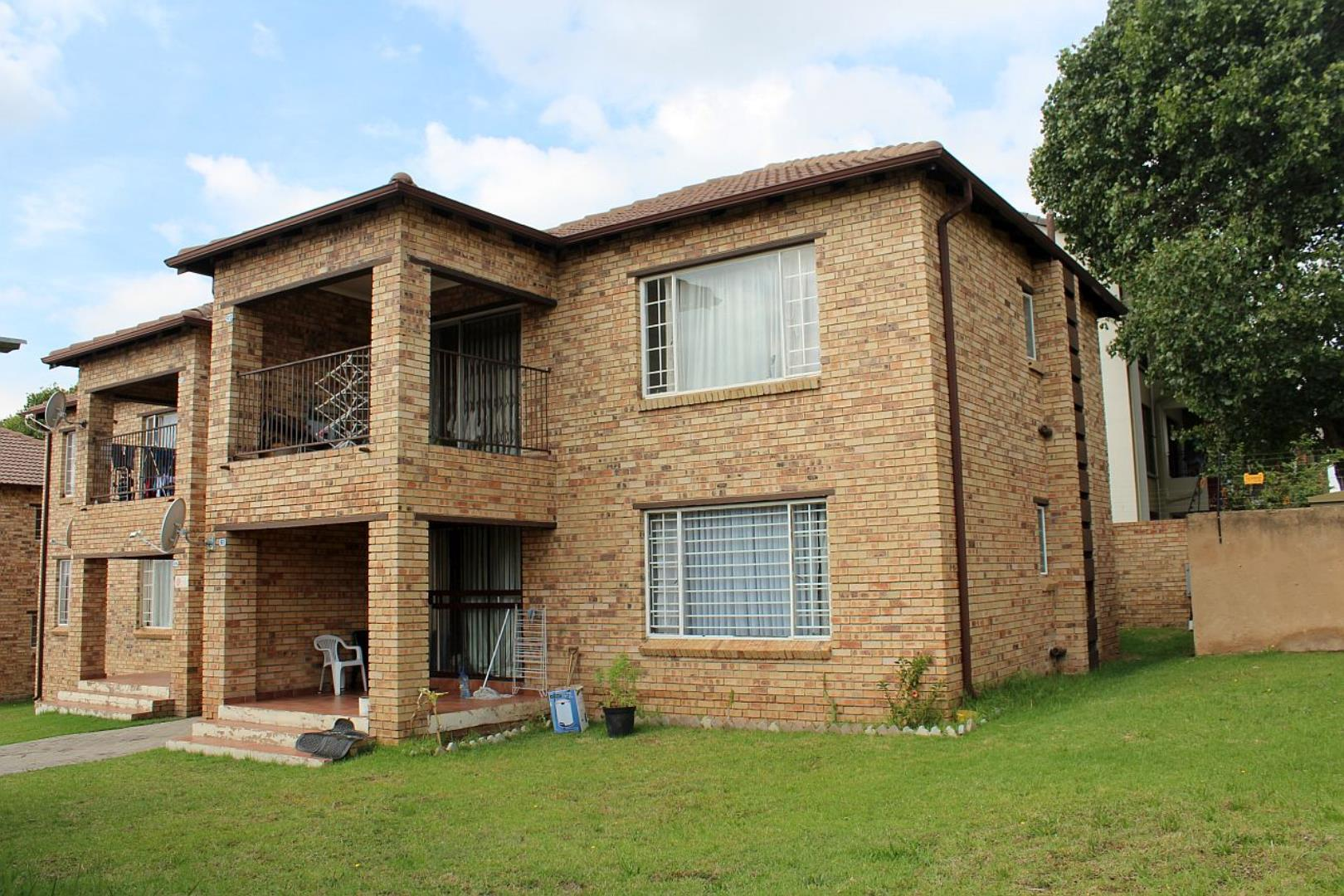 2 Bedroom Apartment for Sale in Noordwyk, Midrand - Gauteng
